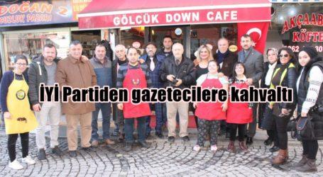 İYİ Partiden gazetecilere kahvaltı