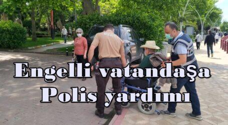 Engelli vatandaşa Polis yardımı